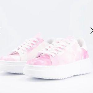 ASOS DESIGN sneakers